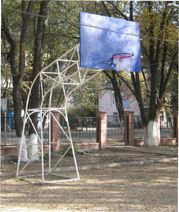 Баскетбольный щит профессиональный Размер: 0.8x0.8x3.9m
