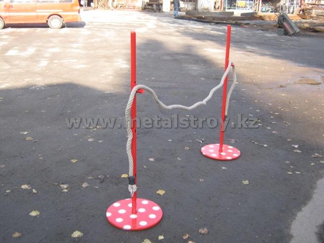 Стойки для прыжков с канатом. Размер: 350х1300